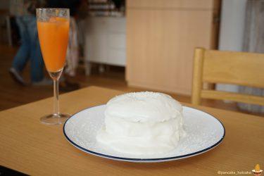 【移転後】cafe blow(カフェ・ブロウ)で、白いパンケーキ『ホワイトチョコの白いパンケーキ』♪(大阪/泉佐野/日根野)