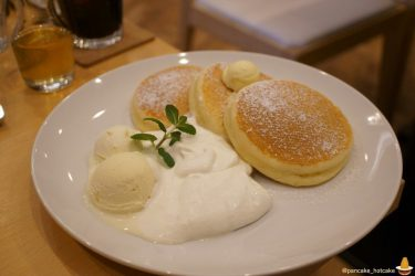美味しいバターミルクのプレーンパンケーキに出会った♪ふわふわ&しっとり♪CafeNanala(カフェ・ナナラ)(芦屋/阪神芦屋)