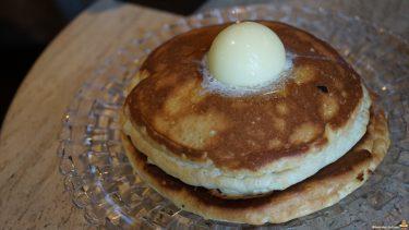 6th★by★ORIENTALHOTEL(シクスバイ・オリエンタルホテル)のフワフワ超しっとりなパンケーキ(東京/有楽町)