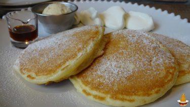 バターたっぷりで焼いたフワサク系パンケーキYRCAFE(ワイアールカフェ)(愛知/犬山)