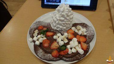 濃厚なチョコのスペシャルバレンタインパンケーキとホットチョコレート♪エッグスンシングスUSJ前(大阪/ユニバーサルシティ)