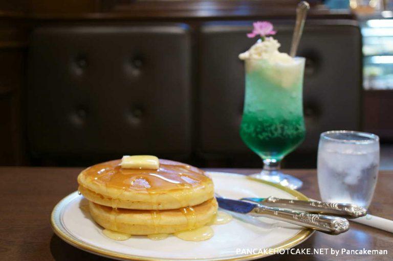 ホットケーキ&クリームソーダ丸福珈琲店 千日前本店