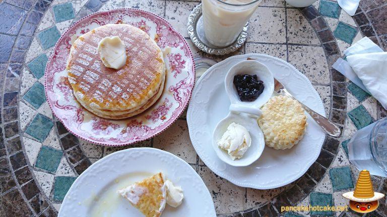 スコーン、パンケーキ、クランペットIngleside Cafe(イングルサイド カフェ)