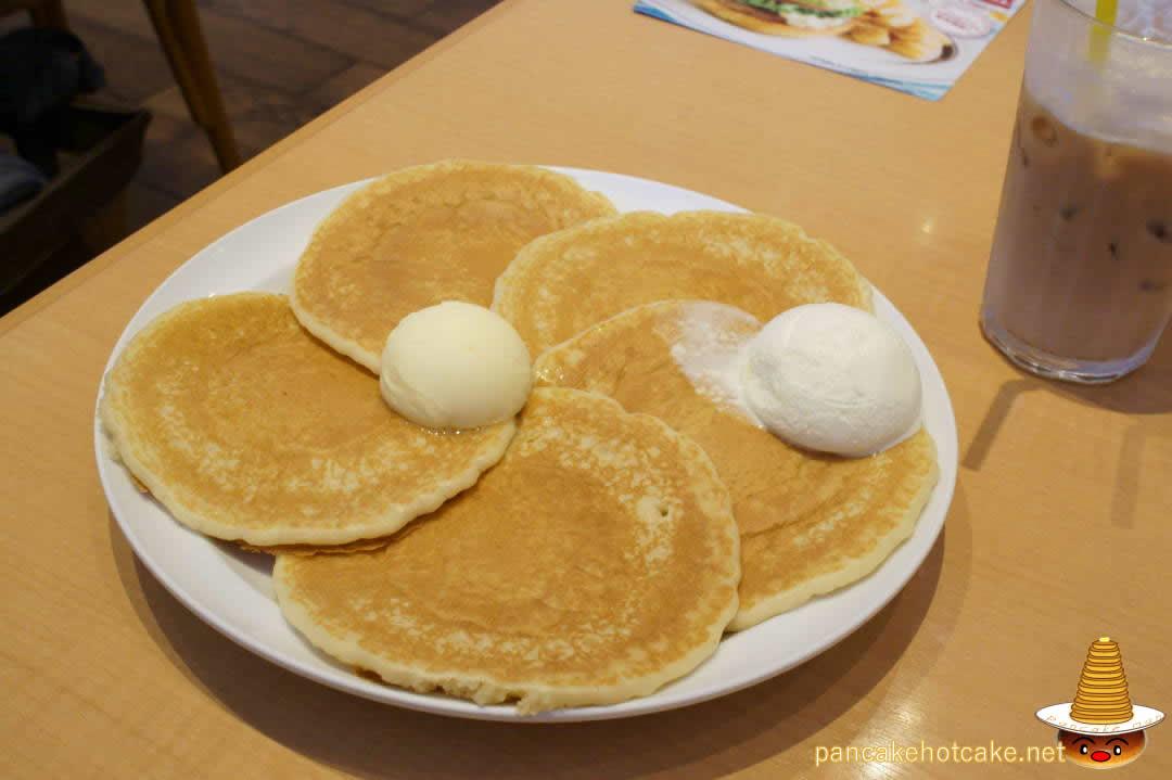 エッグスンシングス プレーン生地バターミルクパンケーキ(USJ前)