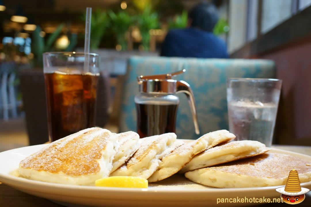 クラシックパンケーキ コナズ珈琲 池田店(Kona's Coffee)