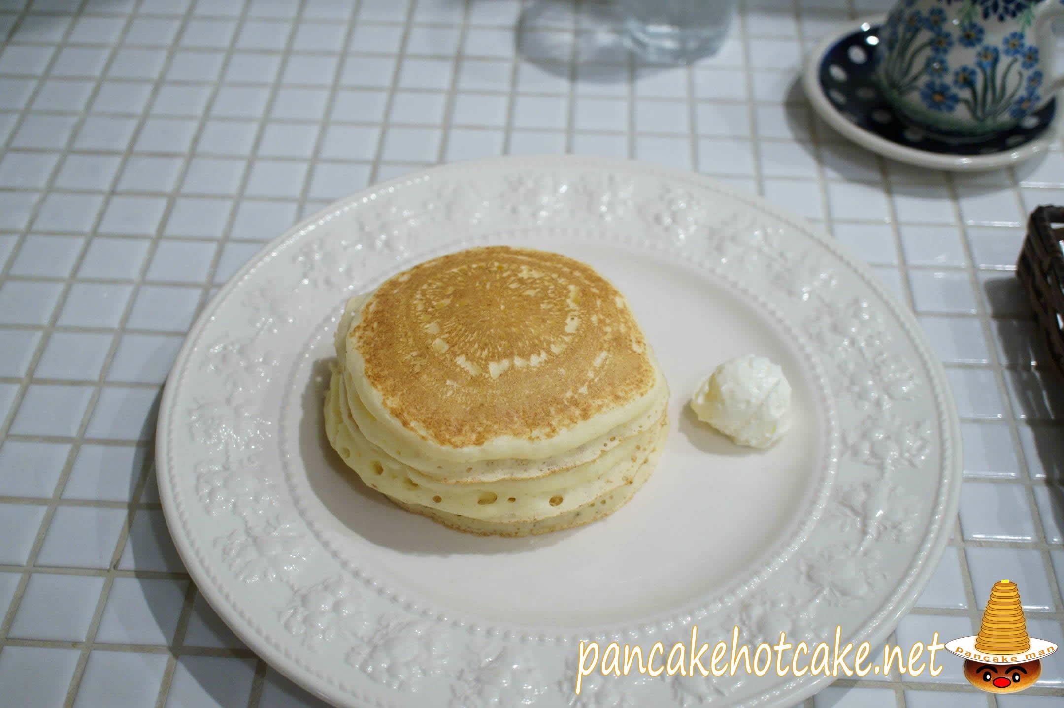 プレーン バターミルク パンケーキ(アンジーAngite)神戸/元町