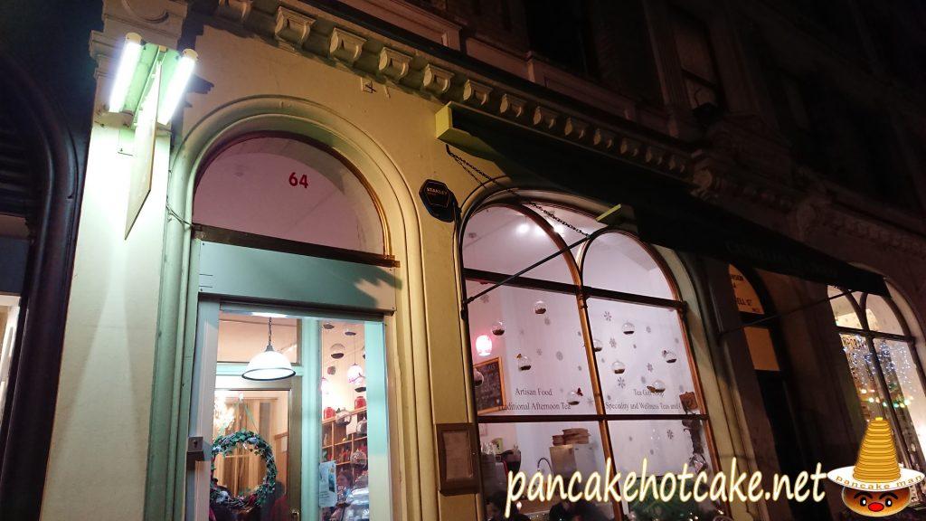店名:CAMELLIA'S TEA HOUSE(カメリアズ・ティー・ハウス)ロンドンの外観