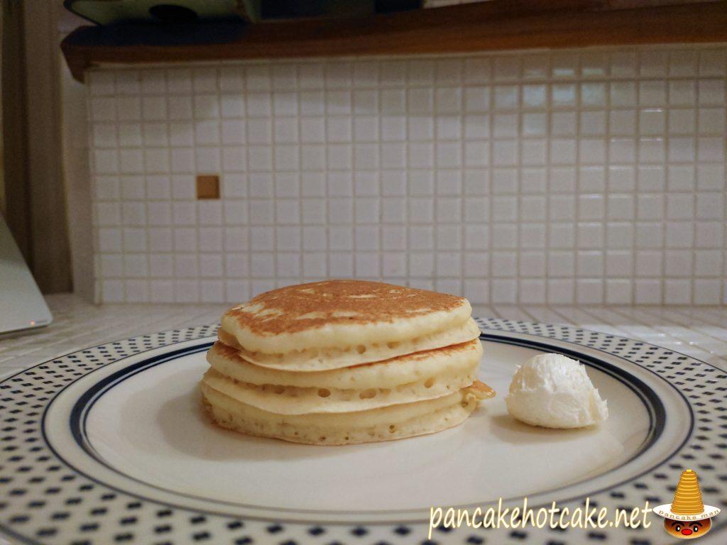 王道のプレーン生地バターミルクパンケーキ