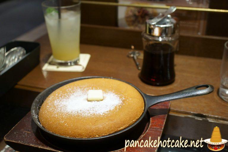 食べた物:パンケーキ(プレーン)¥450円(税抜)梟書茶房(FUKUROSHOSABO:ふくろうしょさぼう)