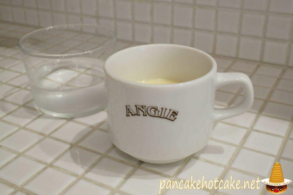 アンジー(Angie)ランチのスープ