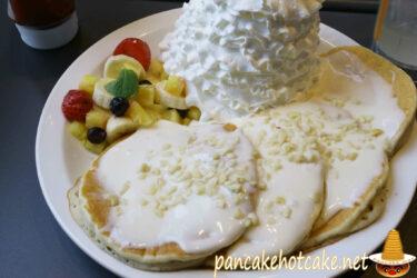 食べた物:ハワイアンマカダミアナッツパンケーキ(エッグスンシングス)