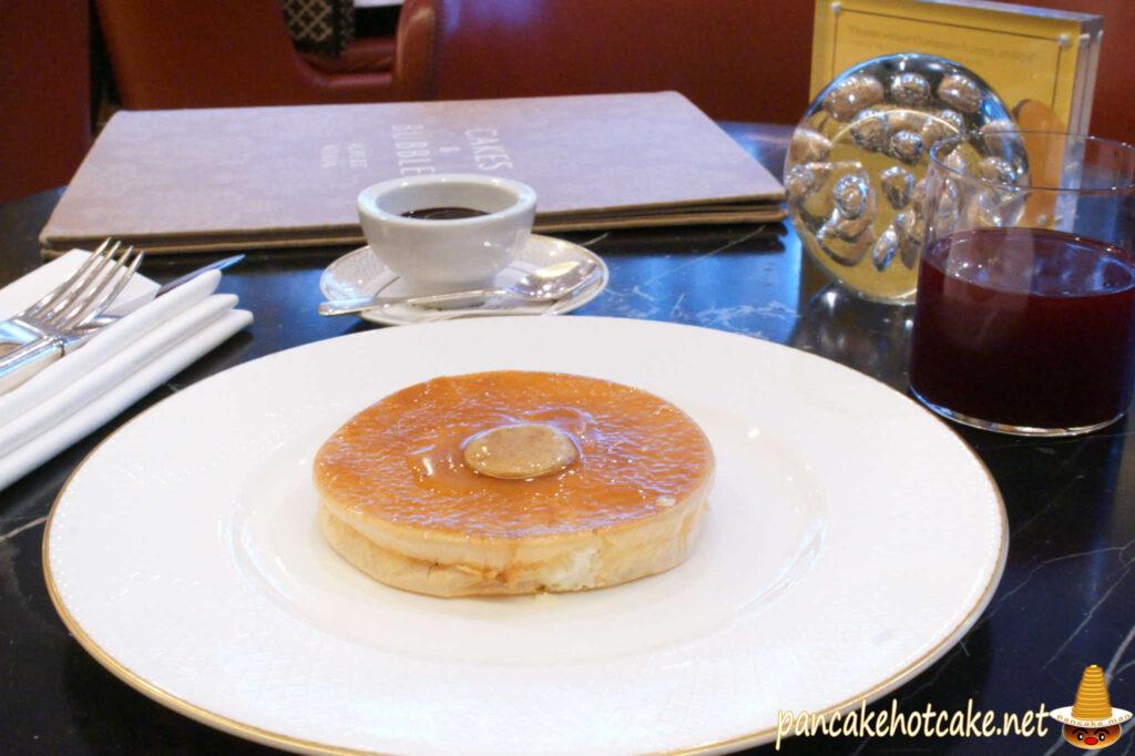 Crispy 'Air-Pancake' 14£(クリスピー・エアーパンケーキ)Cakes & Bubbles(ケーキ アンド バブル)イギリス ロンドン