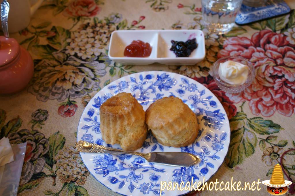 食べた物:イングリッシュスコーン Cream tea set(単品)英国カフェ サラ 宝塚