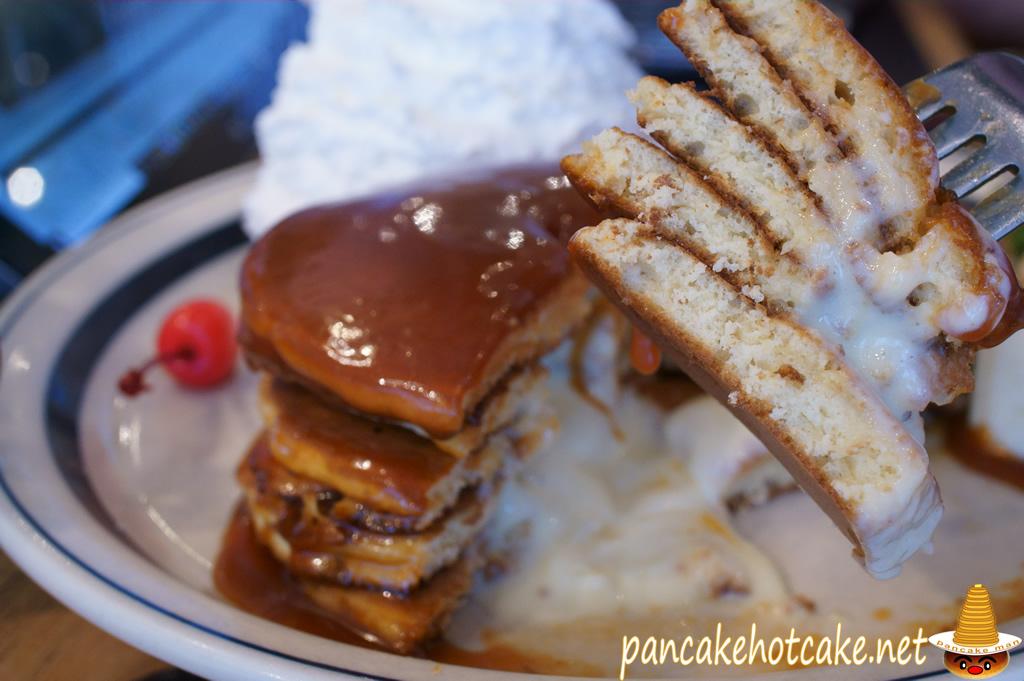 食べた物:なつかしのパンケーキ・ア・ラ・モード(Pancakes a la mode)エッグスンシングス(Eggs'n Things)