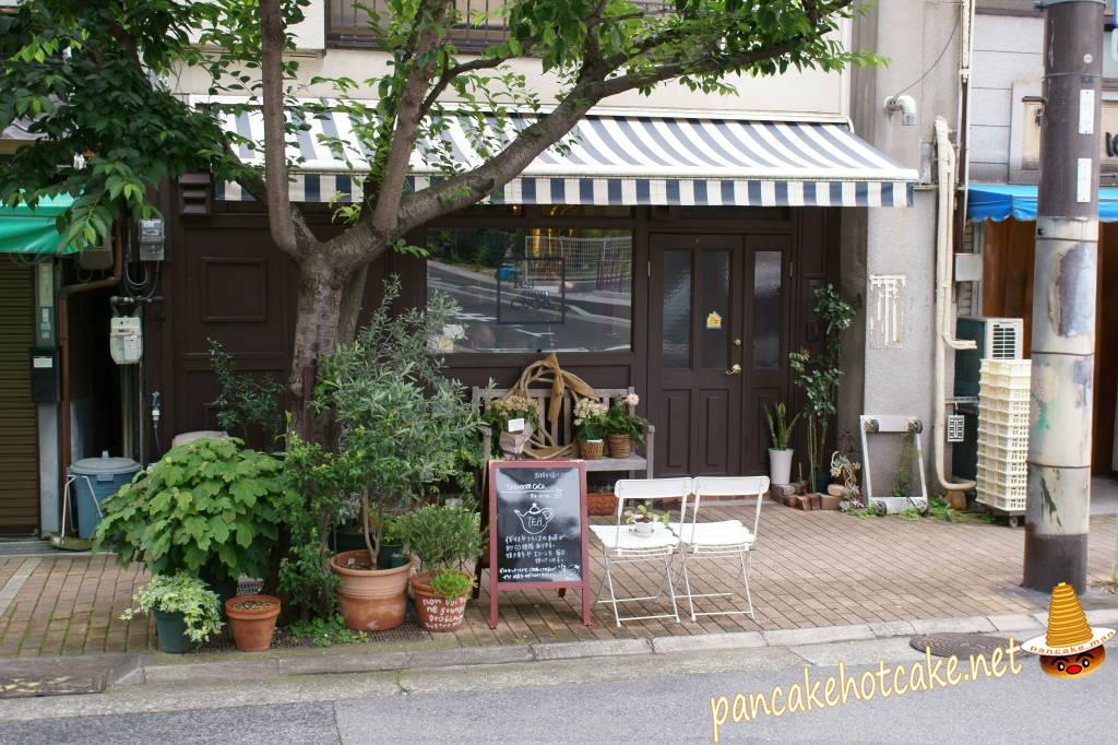 小さく可愛いティールーム ココで手作りスコーン♪Tearoom CoCo 神戸 花隈、西元町