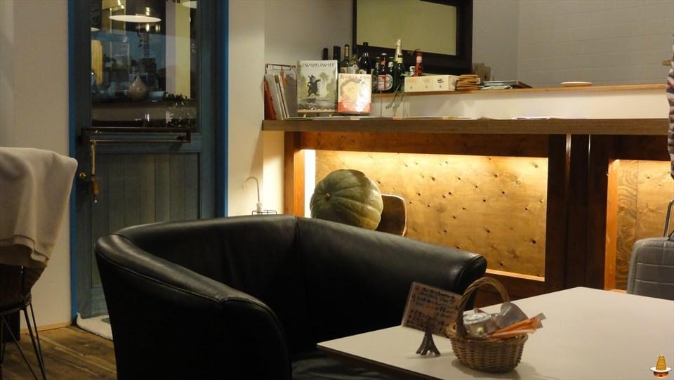 熱々で美味しいチーズ スフレ♪FUN SPACE CAFE(ファンスペースカフェ)新町店(大阪/本町) スフレマン
