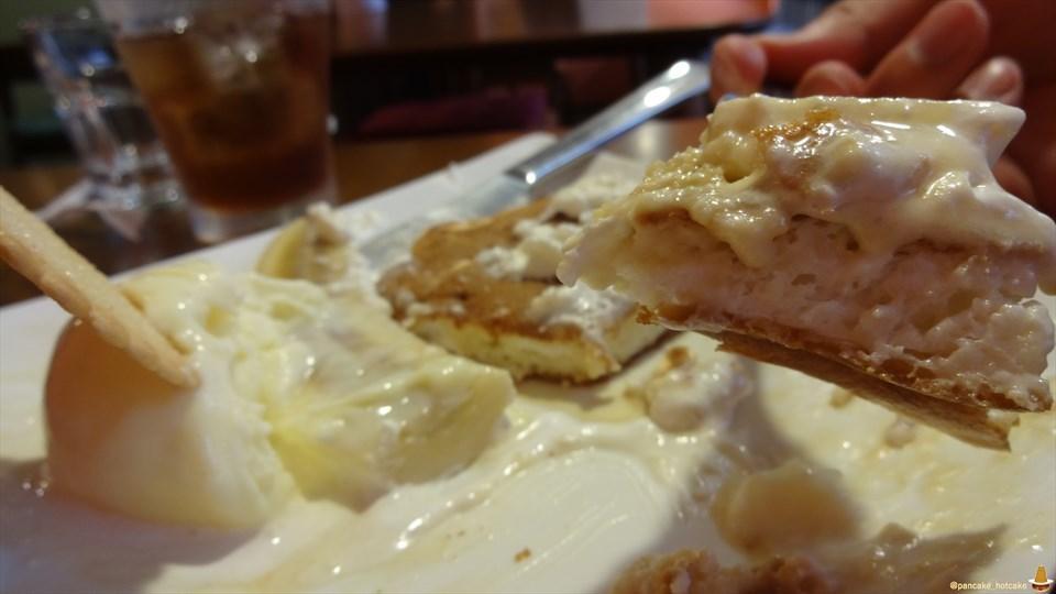 自家製リコッタチーズクリームで覆われたフワフワのパンケーキ♪hana cafe(ハナ カフェ)(三重/近鉄四日市)パンケーキマン