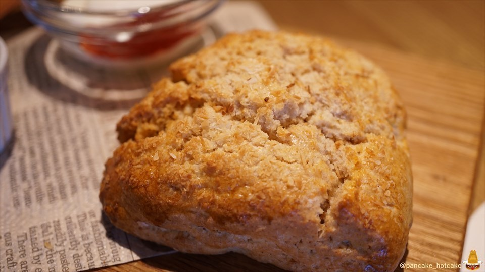激ウマ♪シットリ&フワサクのシトラスパンケーキは売り切れゴメン!スコーンも♪source.(ソースカフェ)(京都/神宮丸太町)パンケーキマン