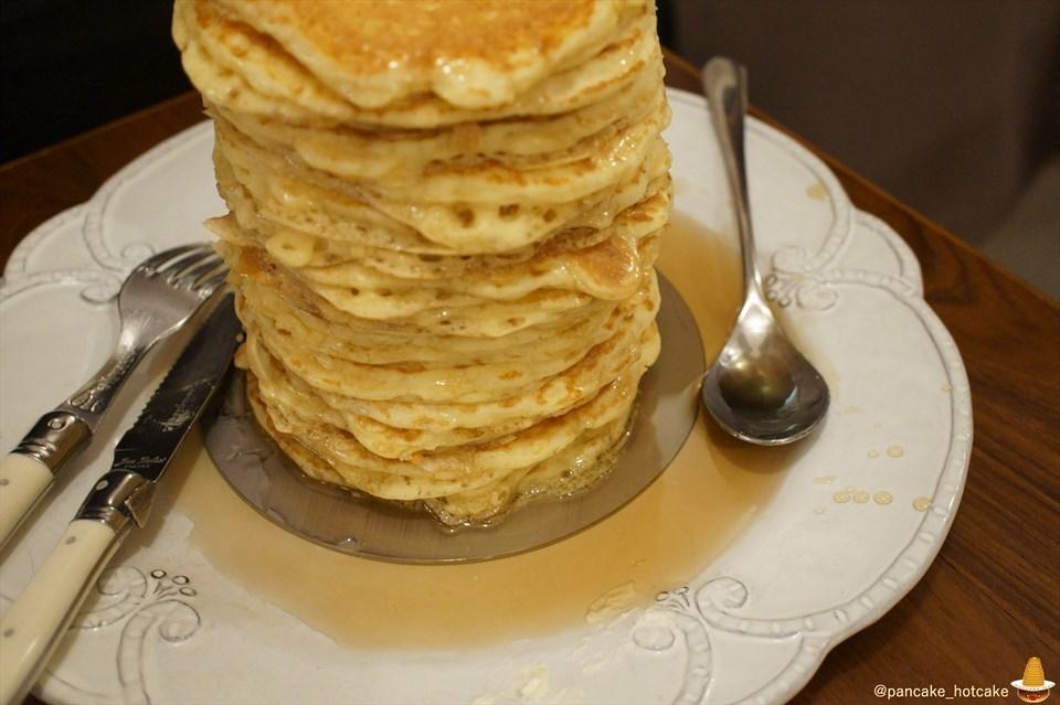 【特別編】パホケ会34 超絶品のパンケーキタワー34枚 30cm 完成♪パンケーキオフ会をANGIE(アンジー)神戸で開催しました♪パンケーキマン