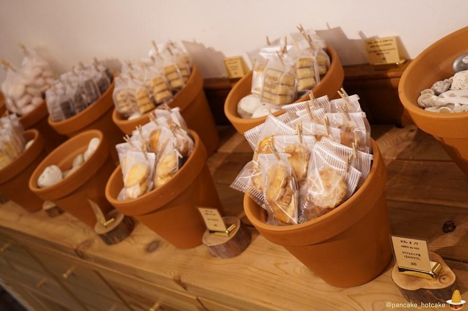 創作系フォンダンパンケーキ♪フレンチマーケットから年末年始限定で登場!卵感満載&カスタードクリーム♪(大阪/北浜/堺筋本町)パンケーキマン
