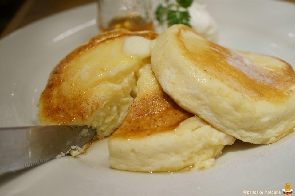 ヨーキーズブランチ2号店が神戸元町へ!激ウマのスフレパンケーキを食べて来た♪(神戸/元町)パンケーキマン