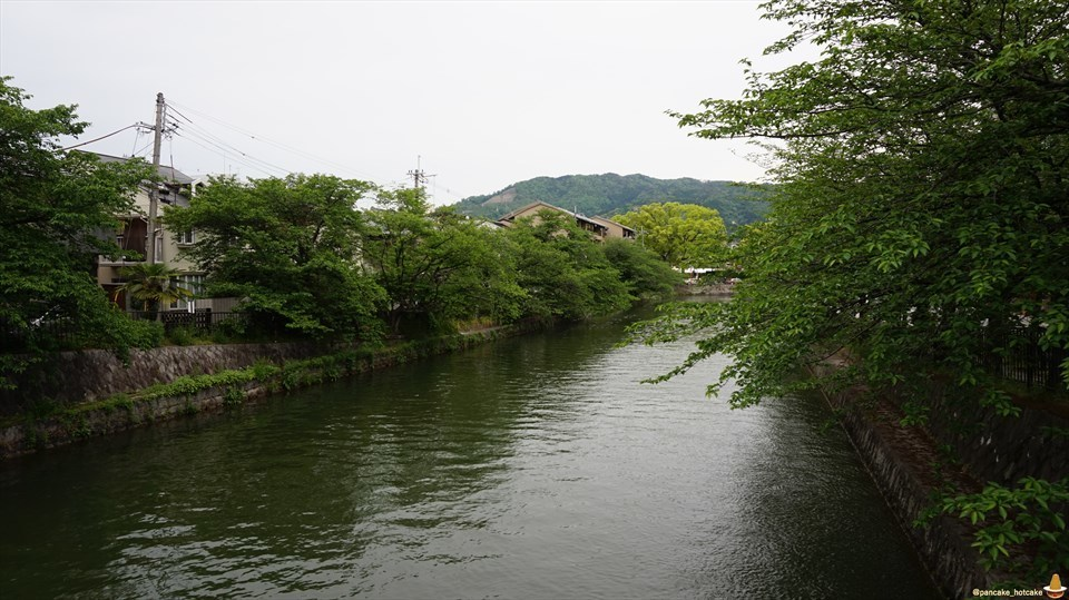 超絶品バニラスフレ 移転後の六盛茶庭(ろくせいさてい)スフレ&カフェ茶庭に行ってきた♪(京都/平安神宮)スフレマン