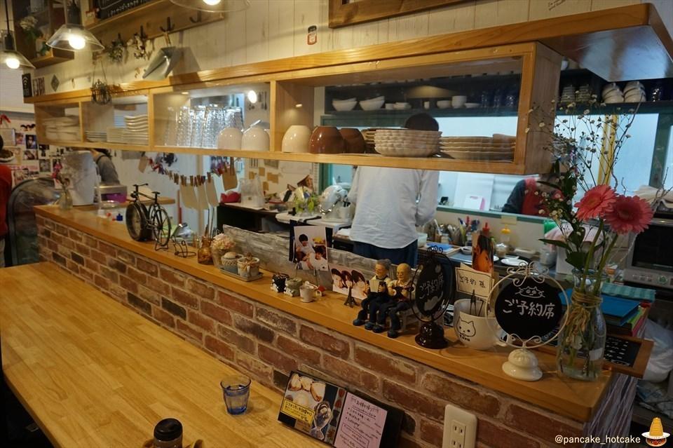 店内インテリア スフレパンケーキ 猫と雑貨の可愛いカフェCafe Yuzu Hana(ゆずはな)(姫路/野里)パンケーキマン