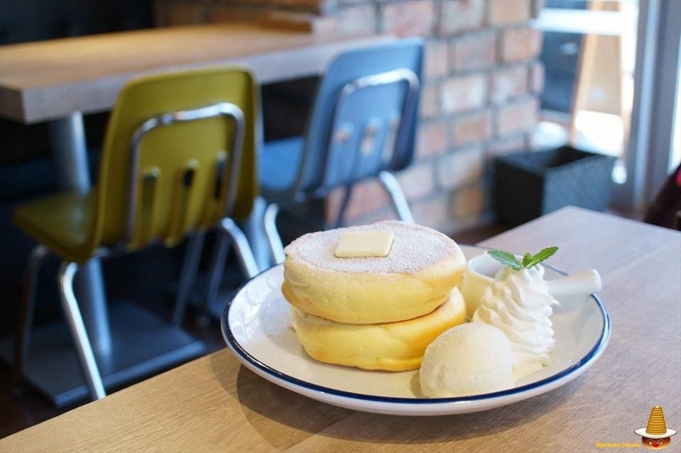 ふわふわとろける三ツ星パンケーキ スリースターズパンケーキ(神奈川/武蔵小杉)