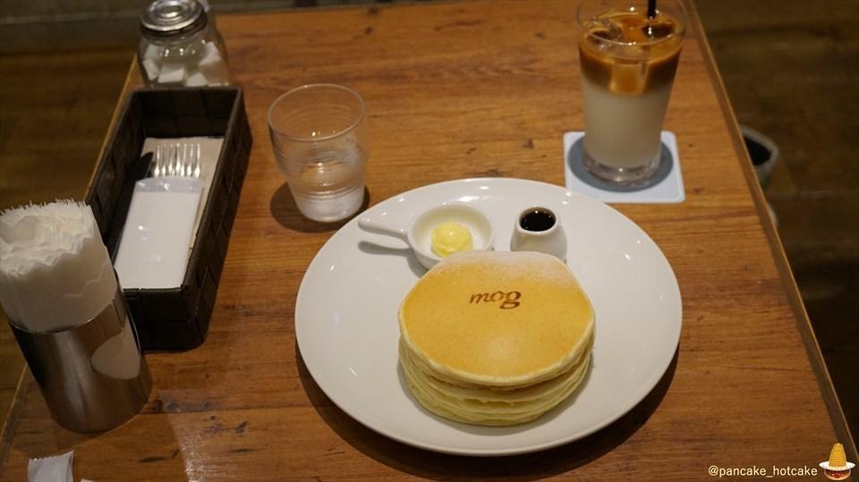 モグ(mog)でパンケーキマンがクラシックバターミルク パンケーキをパホケった写真日記♪(大阪/なんば)