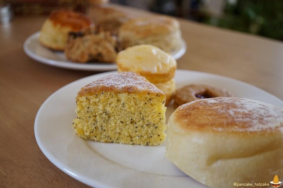 レモンポピーシードケーキ UNDERGROUND BAKERY(アンダーグラウンドベーカリー)