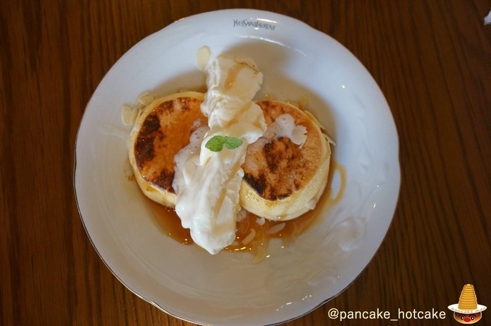 キャラメリゼ パンケーキ カフェ・ブロウcafe blow大阪/日根野