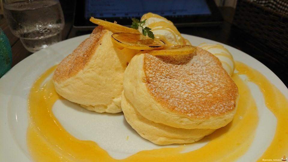 爽やかさっぱりなレモン×4+スフレパンケーキは美しいサニーレモン パンケーキ(夏季限定)カフェ ニカ パンケーキマン