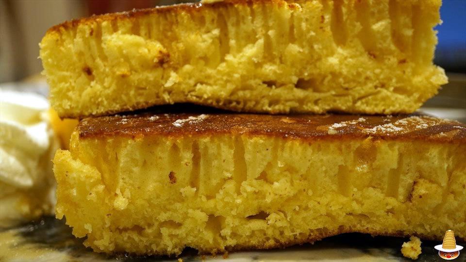 ドッシリした厚焼きパンケーキをダブルで食べると満腹に♪MARFA CAFE(マーファ カフェ)(大阪/梅田)パンケーキマン