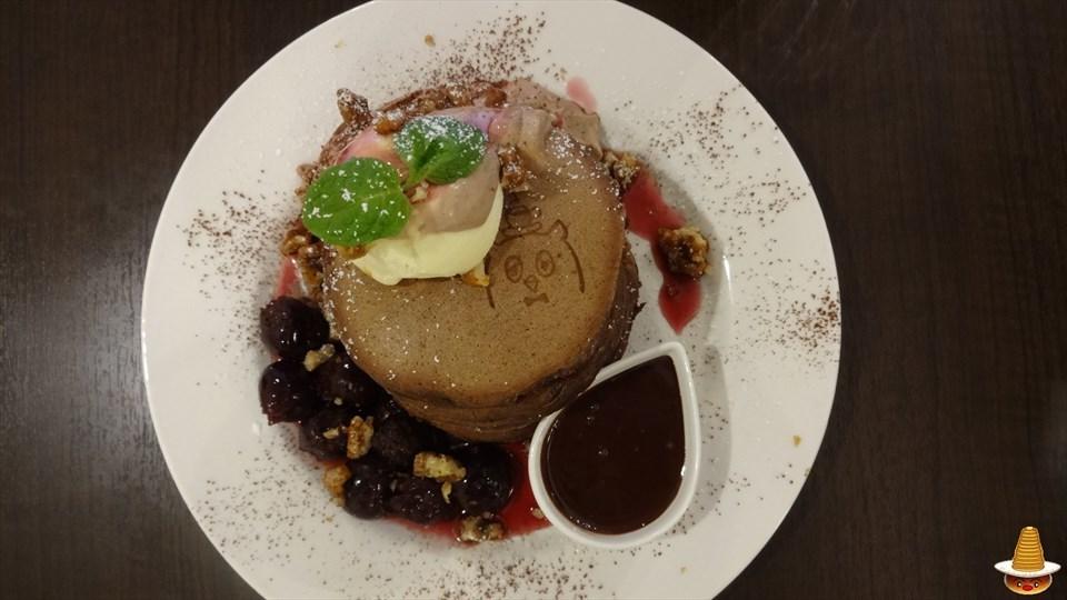 チョコまみれのスペシャルパンケーキでパンケーキにもまみれよう♪pollo(ポッロ)(大阪/松屋町)パンケーキマン