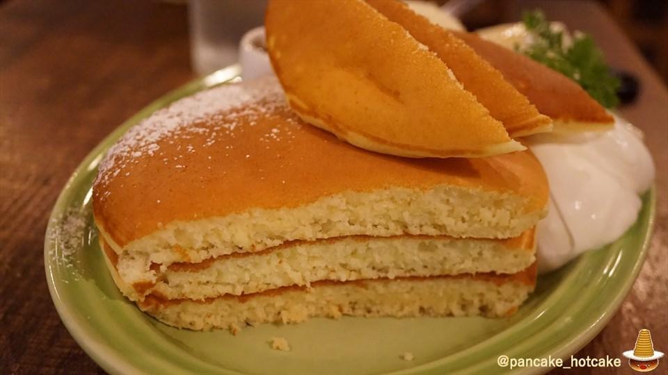 絶品♪とろける洋なし×甘じょっぱいパンケーキは最高です!juen(ジュエン)大阪/天神橋六丁目 パンケーキマン