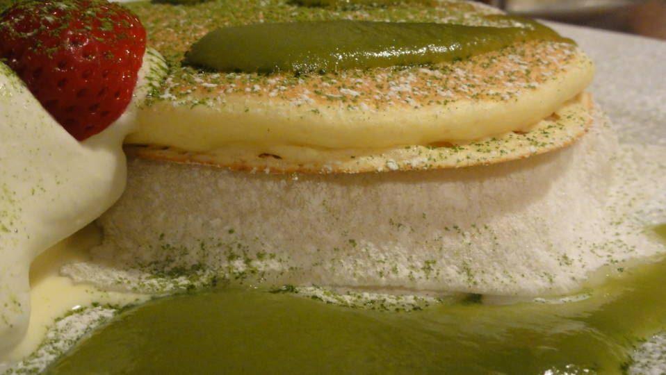 抹茶と求肥もちのパンケーキ シマイロカフェ (Shimairo cafe)(兵庫/阪神 西宮)