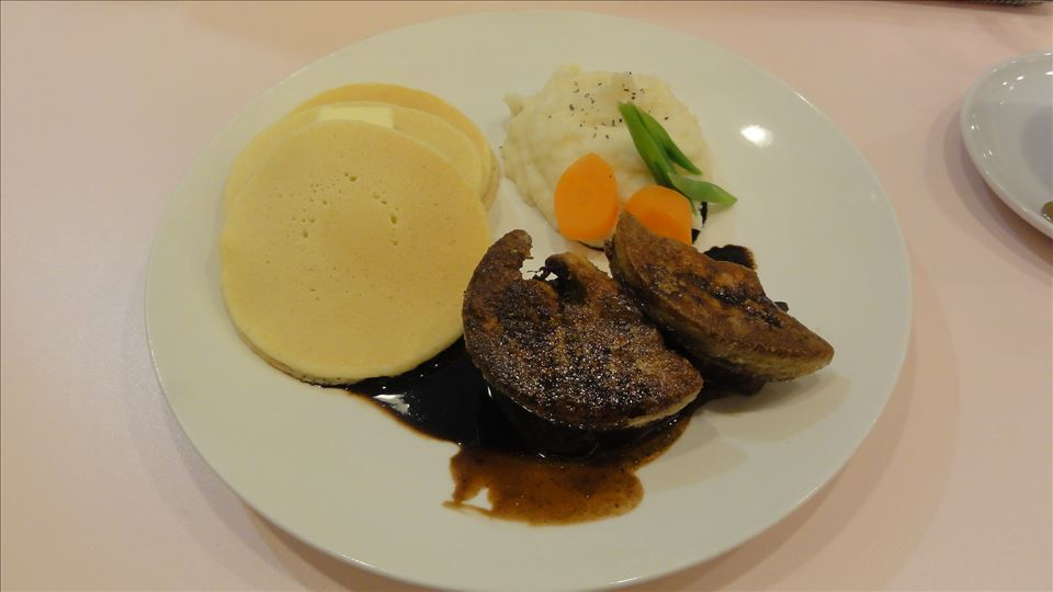 デニーロのフォアグラパンケーキとステーキ(神戸/三宮)