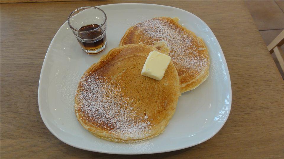 ドーナツ屋さんのプレーンパンケーキ(フロレスタ四天王寺)