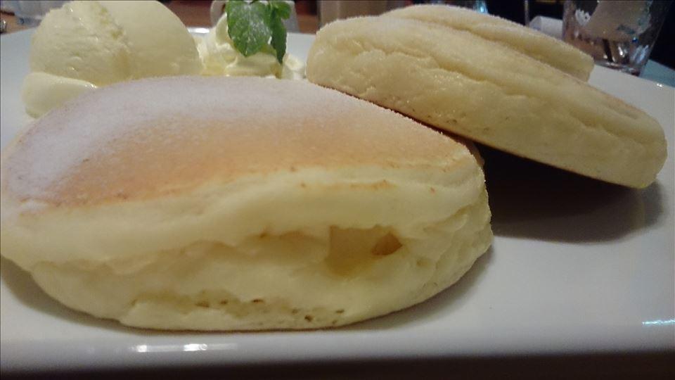エフカフェ(f cafe)のプレーン パンケーキ(大阪/南森町)