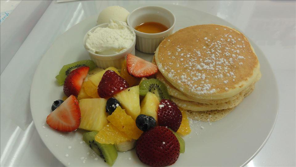 フルーツ屋さんの手作りパンケーキ&フレッシュフルーツ♪田又フルーツ(たまたふるーつ)(兵庫/明石)