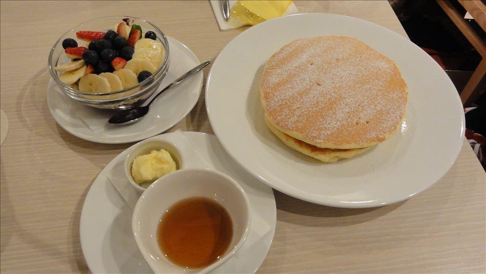 プレーンパンケーキ モケス ブレッド アンド ブレックファースト(東京/中目黒)