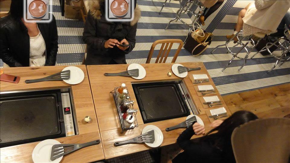 東京パンケーキ巡り スライドレバー式(新型)ピーケークス 自分で焼くぞグリドル席
