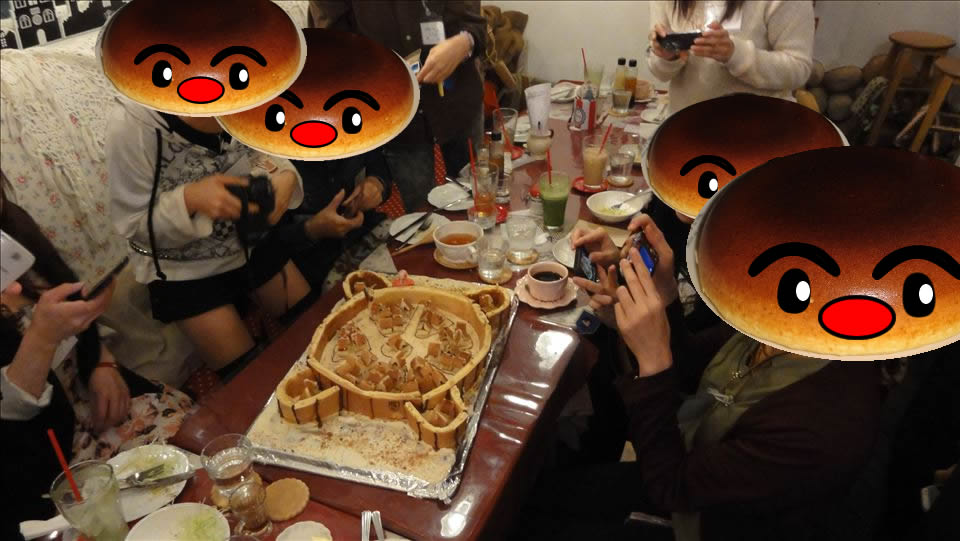 進撃の巨人とパホケ会15 巨人とパンケーキ アンジュジュメール(大阪/日本橋)